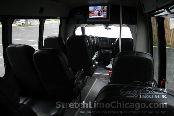chicago illinois airport shuttle bus